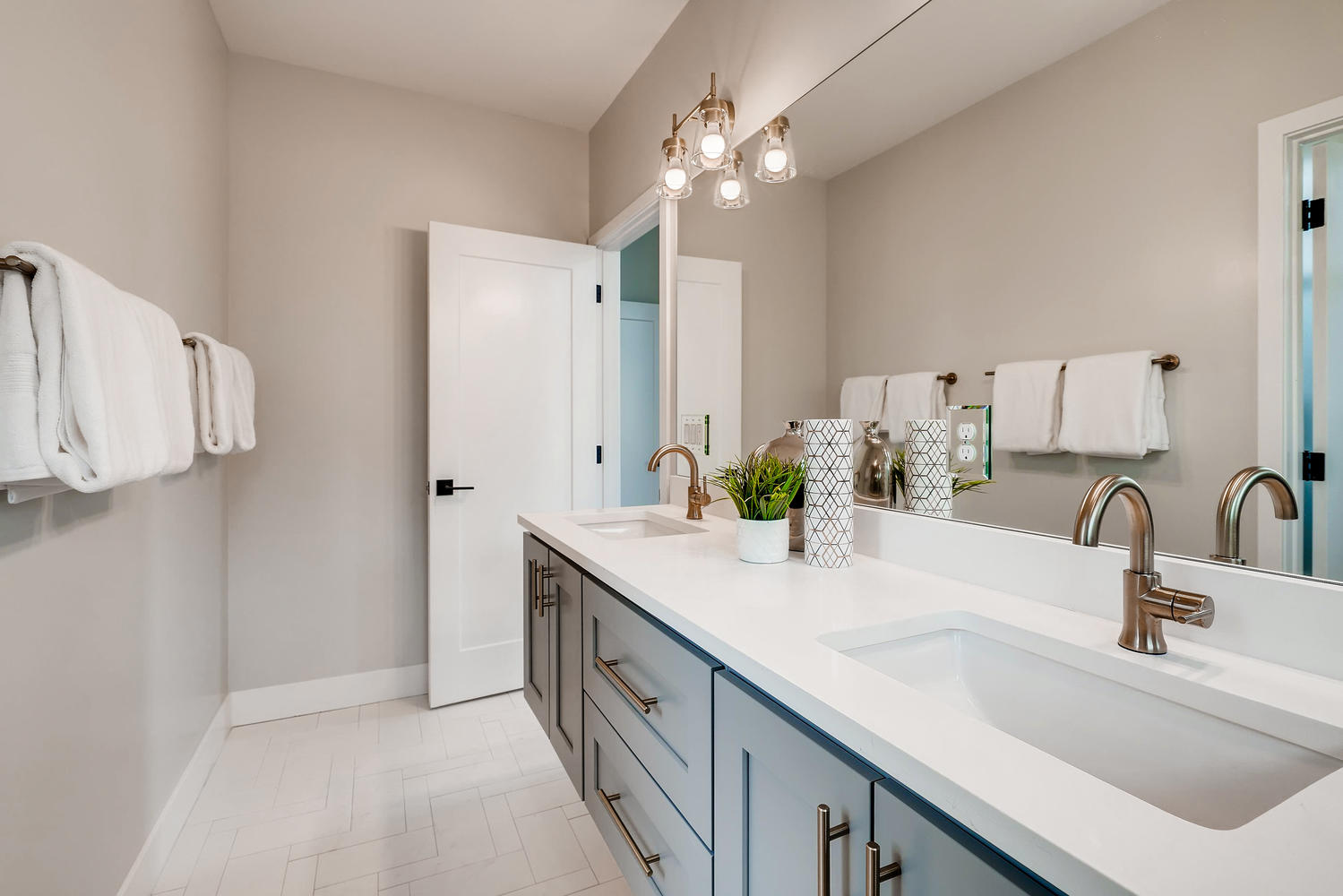 4432 Tennyson Unit 1 Denver CO-large-014-016-2nd Floor Master Bathroom-1499x1000-72dpi