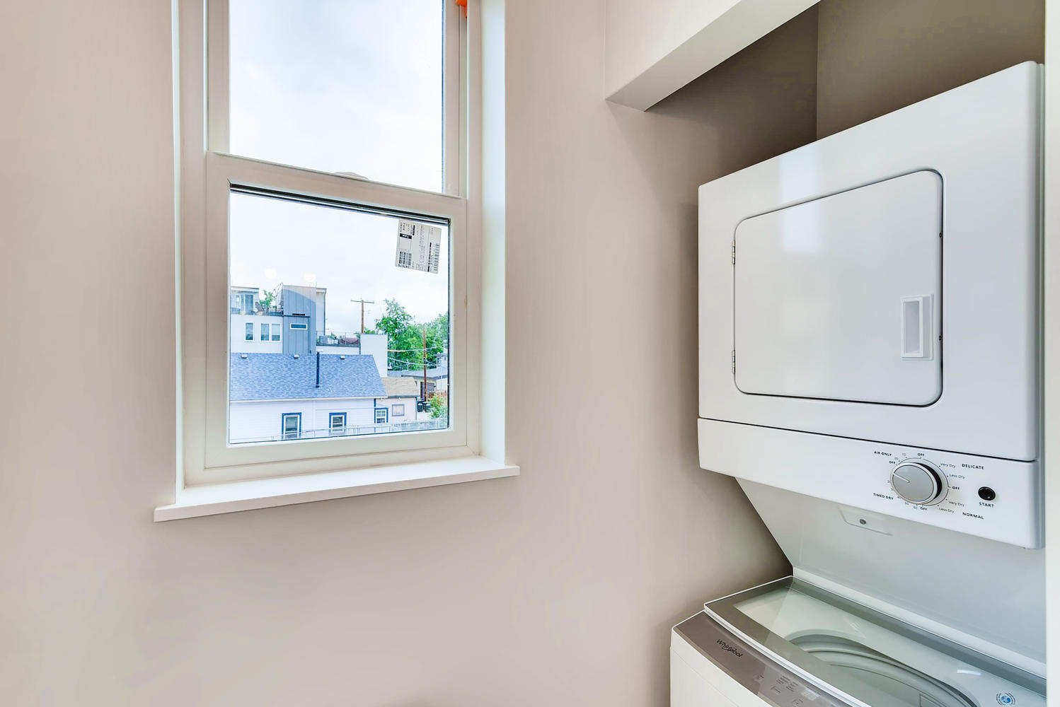 4432 Tennyson Unit 6 Denver CO-large-023-015-2nd Floor Laundry Room-1499x1000-72dpi